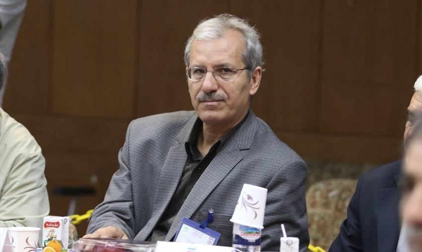 نصیرزاده: تشکیلات ۲ باشگاه تبریزی از یکدیگر مجزا است / رفیعی: بودجه ۲ باشگاه تبریزی را زنوزی تامین می کند