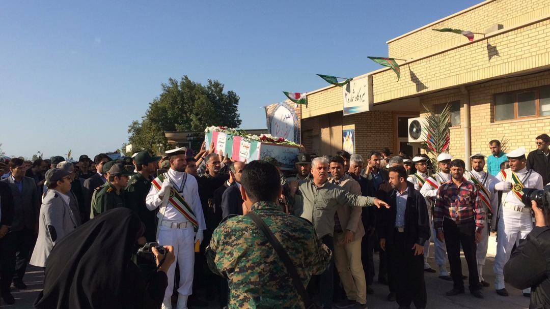استقبال از سه شهید خوشنام در بوشهر