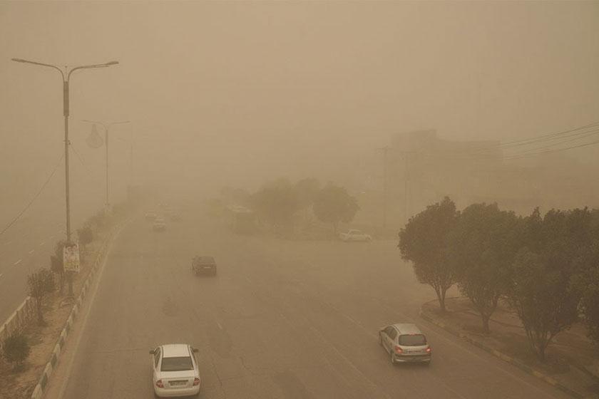 ۶۷ روستای ریگان در محاصره گرد وغبار شدید قرار دارند