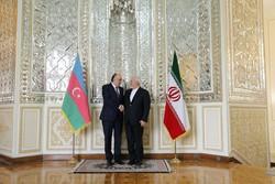 ظریف با وزیر امورخارجه جمهوری آذربایجان دیدار کرد