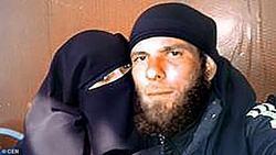 انتشار خاطرات یک بیوه داعشی و روایت او از نحوه آشنایی با همسر تروریستش + تصاویر
