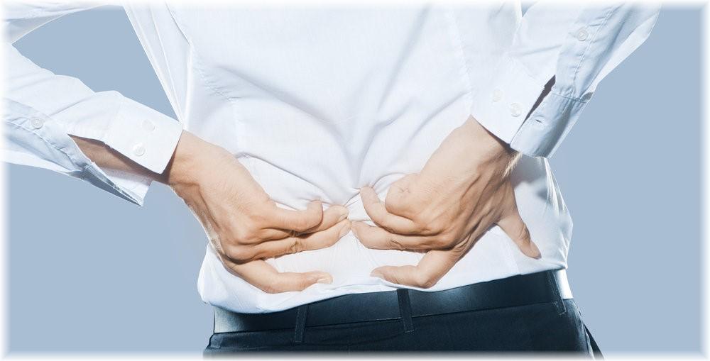 همه آنچه درباره کمر درد باید بدانید+ علل ابتلا و درمان/ کمردرد سراغ چه کسانی می آید؟+ علل ابتلا +درمان/ چرا کمر درد می گیریم؟