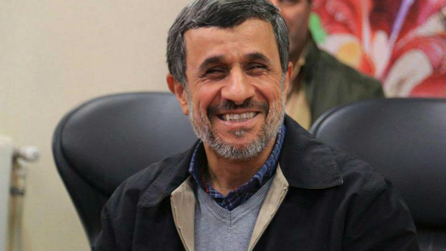 احمدی نژاد: استقلال از تیم حریف بهتر بود/ جو ورزشگاه آزادی عالی بود
