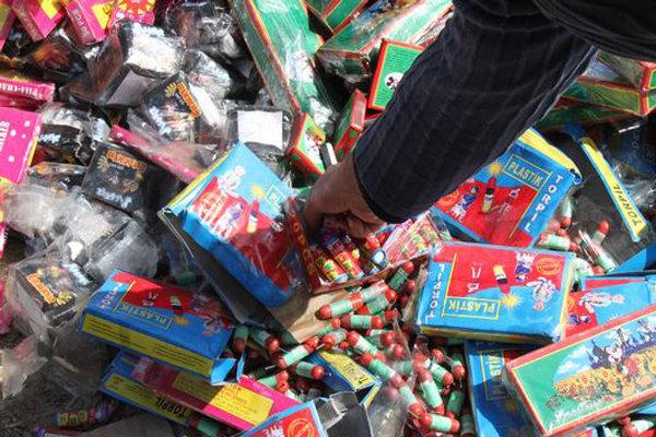 کشف ۵ هزار قلم مواد محترقه در کرمان