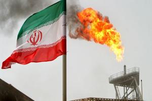 رویترز: آمریکا معافیت تحریمی واردکنندگان نفت ایران را مشروط خواهد کرد