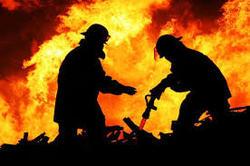 آتش سوزی در پاساژ پایتخت خیابان میرداماد