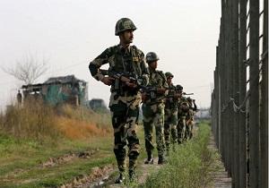 ارتش پاکستان یک پهپاد جاسوسی هند را هدف قرار داد
