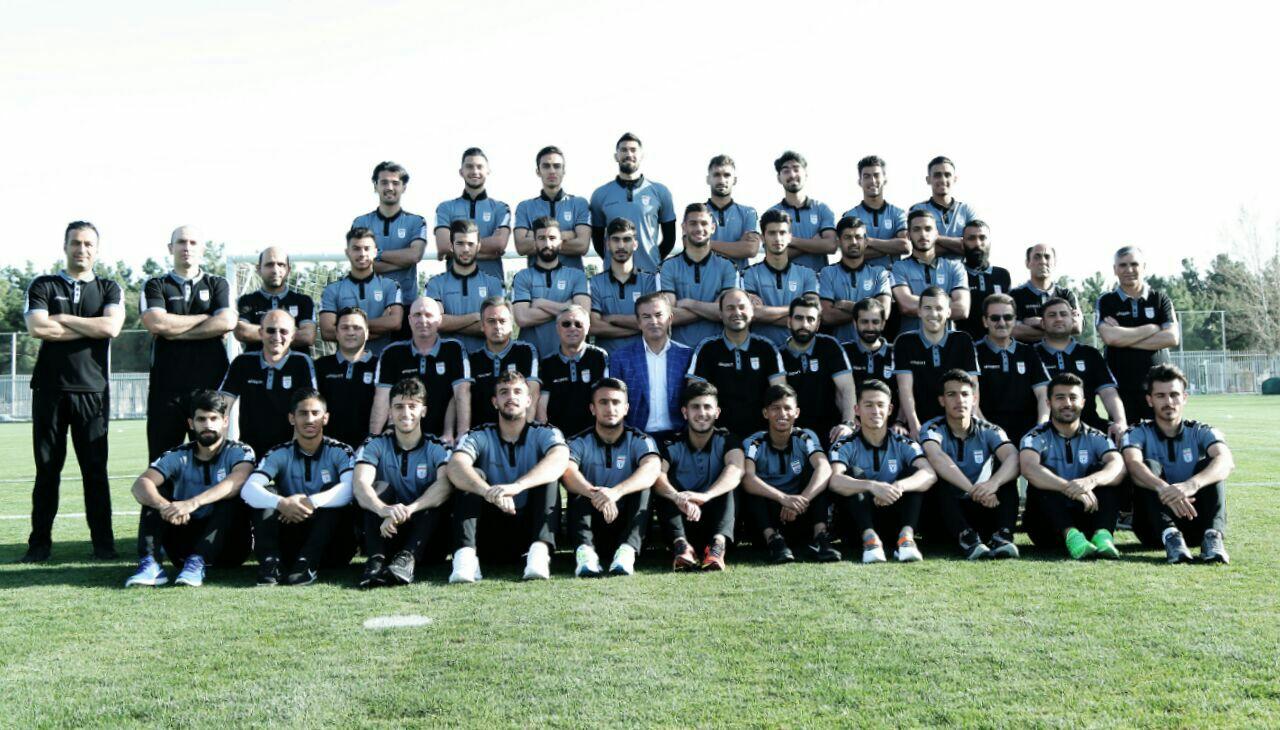 فدراسیون فوتبال در صدد رایگان کردن بازیهای تیم ملی/ وزیر ورزش مهمان یوزهای جوان