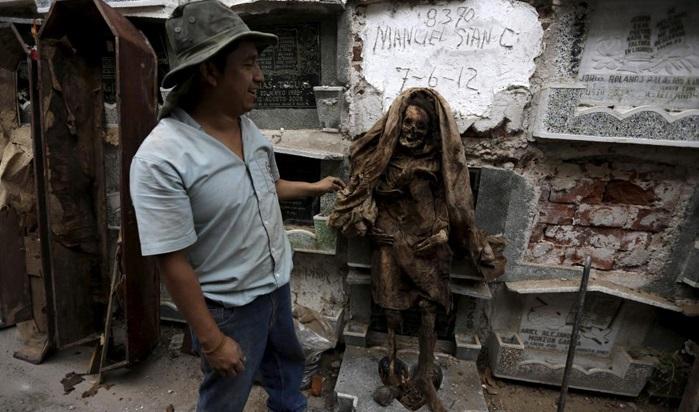 عجیب و غریب ترین آداب و رسوم مردمان چین در مراسم سوگواری