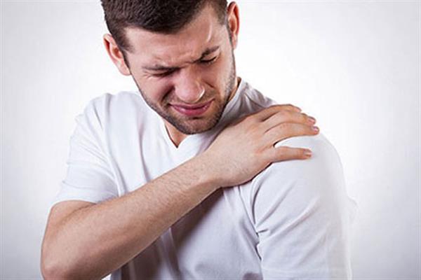 رفع لکنت زبان با «شربت عاقرقرحا» / این نوشیدنی بینظیر خارپاشنه را درمان میکند