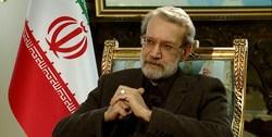 لاریجانی: آمریکا با همه دولتها درگیر است/ اوباما دو نامه به رهبر انقلاب درباره توافق هستهای نوشت