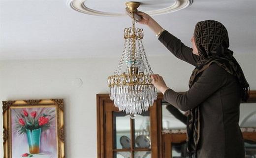 ترفندهایی برای پیشگیری از کمر درد و زانو درد/ چگونه خانه تکانی عید را به سلامتی سپری کنیم؟
