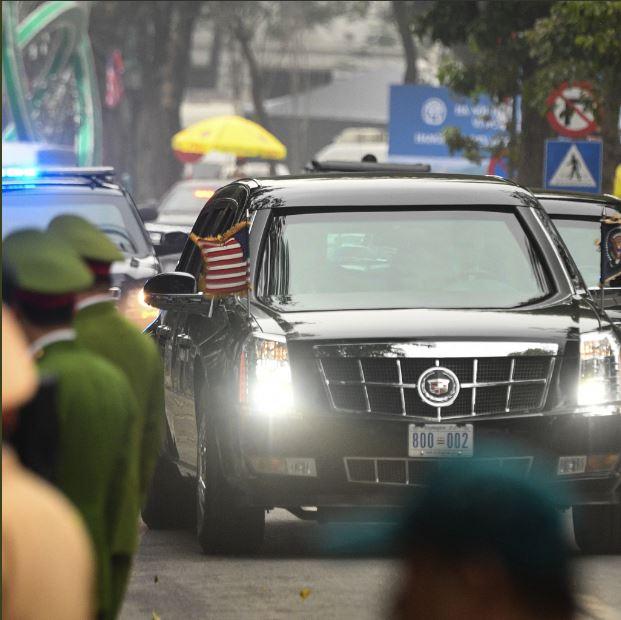 مذاکرات سران آمریکا و کره شمالی به درِ بسته خورد