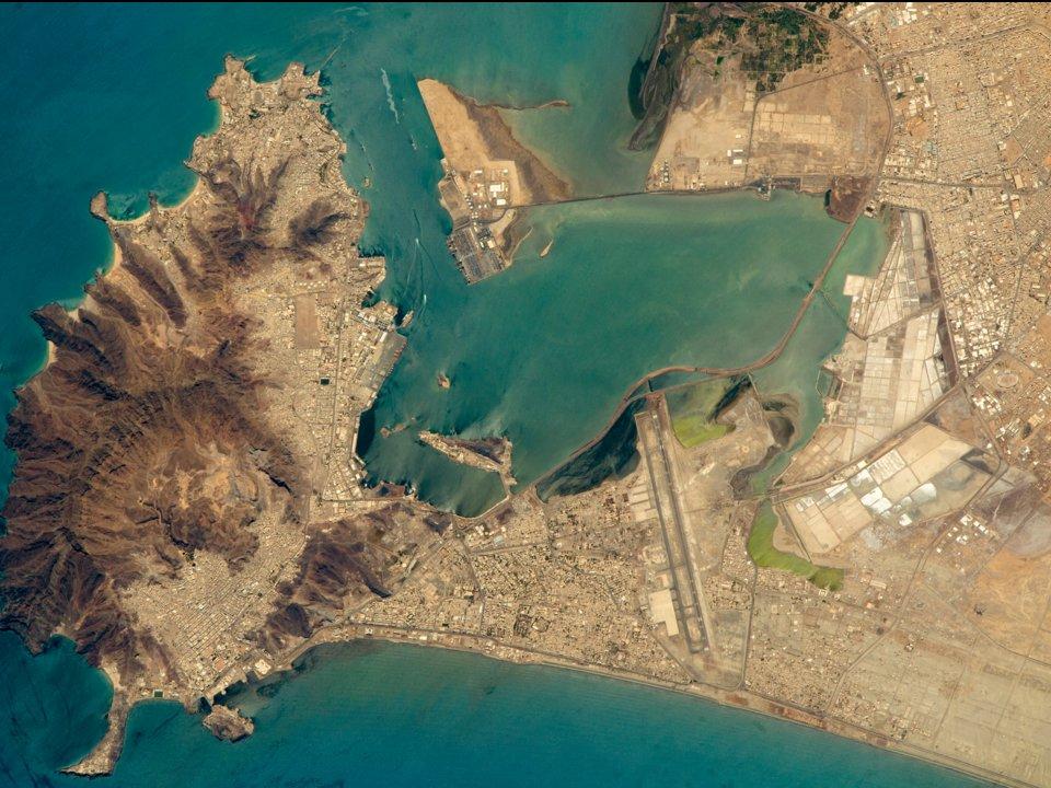 عکسهای بینظیر از فرودگاههای جهان کـه از فضا گرفته شدهاند