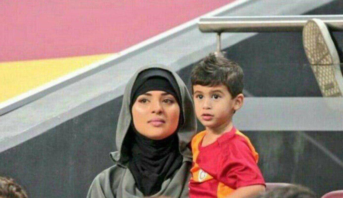 همسر بهترین بازیکن انگلیس با حجاب اسلامی + عکس