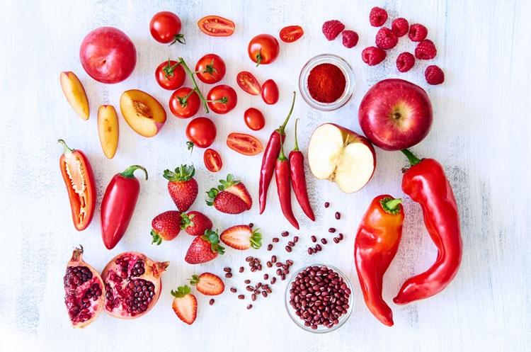 با خواص حیرت انگیز ۸ سبزی قرمز رنگ آشنا شوید