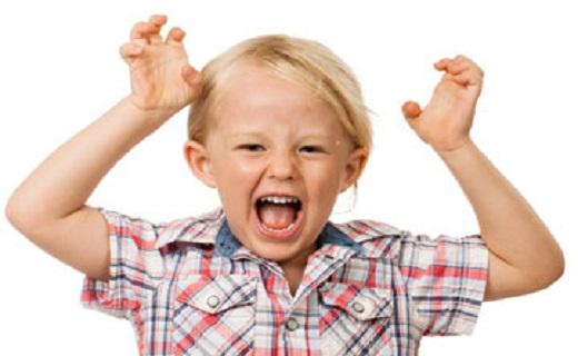 چگونه بفهمیم کودکمان بیش فعال است؟ / کودکتان از در و دیوار بالا میرود؟ شاید این اختلال را دارد!