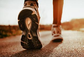 مهمترین معیارهای انتخاب کفش برای پیاده روی کدامند؟