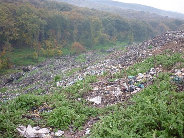 27 سایت غیراستاندارد دفن زباله دراستان وجود دارد /روزانه 3000 پسماند در استان مازندران تولید می شود