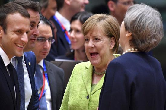 سایه سنگین ترامپ در موضع گیریهای اروپاییان/ غروب برجام در سایه افکار خشونتطلبانه ترامپ