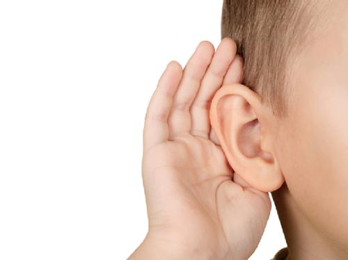 ۱۰ عادت روزانه که به شنواییتان آسیب میزند
