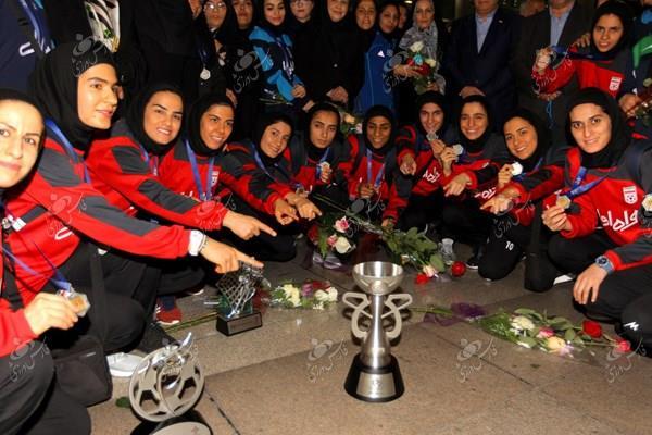 بازگشت تیم ملی فوتسال بانوان به ایران