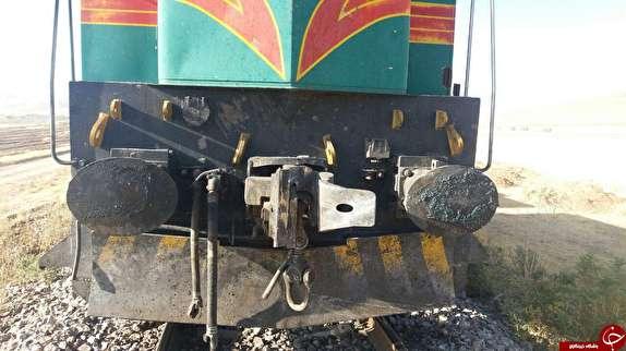 باشگاه خبرنگاران -۳ مصدوم در حادثه برخورد قطار با لدر در زنجان