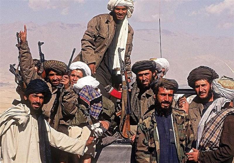 300 شهروند ولایت بادغیس به طالبان پیوستند