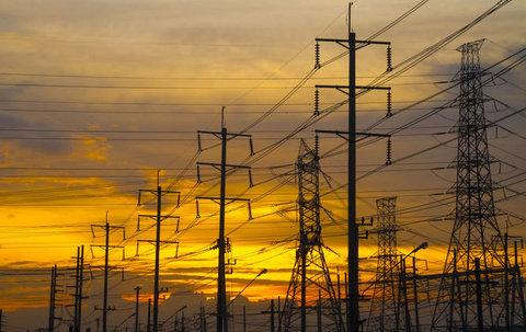 احتمال خاموشی برق در تابستان قوت گرفت/27 استان در تنش آبی به سر می برند