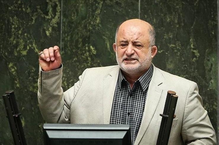 همشهری به نشریات محلی خسارت زده است