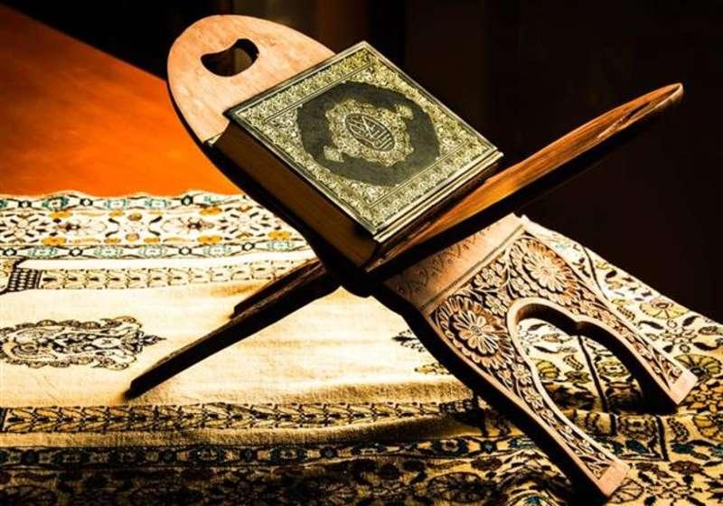 آیا خواندن تفسیر قرآن جای تلاوت را میگیرد؟