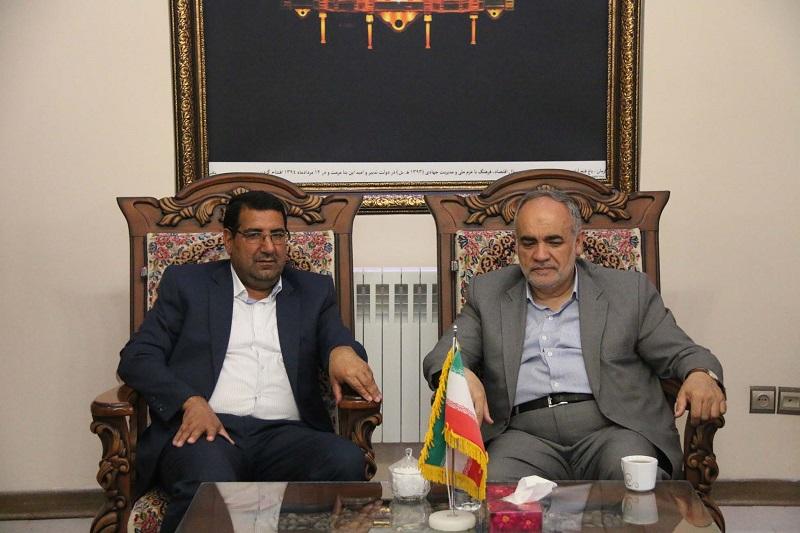 تجلیل از خدمات رئیس کل دادگستری استان درحوزه عمرانی