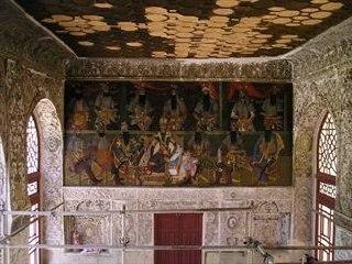 نقاشی های دوره قاجاریه را در کاخ موزه سلیمانیه ببینید