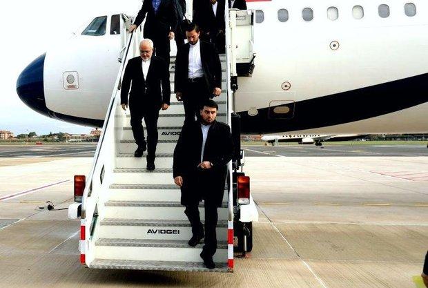 محمدجواد ظریف به تهران بازگشت
