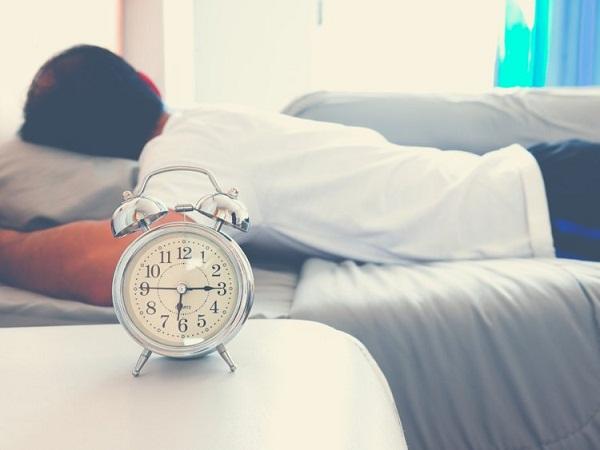 چه عواملی باعث بروز سردرد میشوند؟