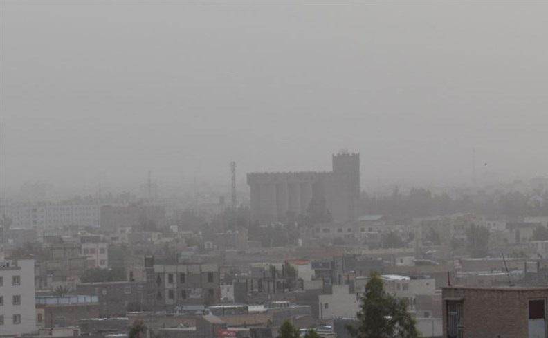 هشتمین روز جولان گرد و غبار در سیستان و بلوچستان نفس ۱۳ شهر را گرفت