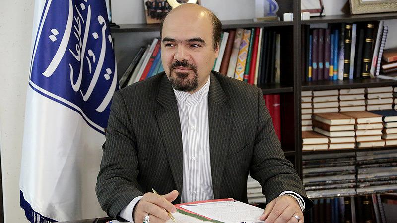 رئیس روابط عمومی وزارت ارتباطات چهره ماندگار جشنواره ملی آرمان برتر شد
