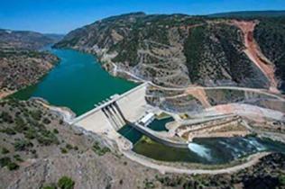 بارگذاری در حوضههای آبی بیشتر از منابع موجود است