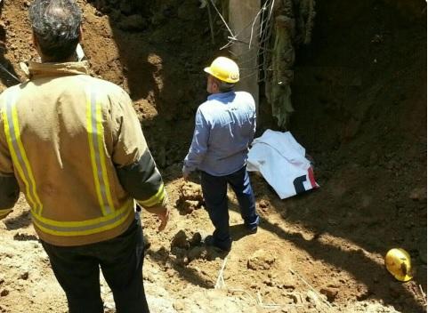 فوت ۴ کارگر در اثر حادثه گودبرداری در خیابان نیاوران + عکس