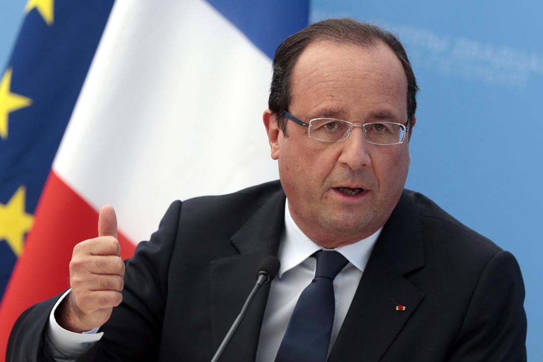 انتقاد رئیس جمهور سابق فرانسه از فروش آزادانه سلاح در آمریکا