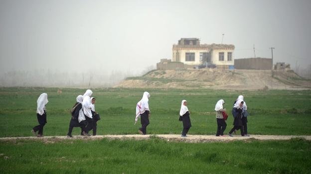 دختر مکاتب افغانستان