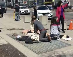 حمله با خودرو به عابران پیاده در مقابل یک صرافی ایرانی در تورنتو/ ۱۰ نفر کشته شدند+ فیلم و عکس