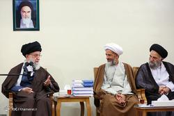 دیدار دستاندرکاران همایش نکوداشت حکیم طهران با رهبر معظم انقلاب