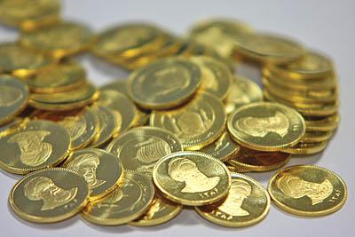 قیمت سکه در سراشیبی/قیمت یورو ثابت ماند