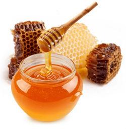 عسل با موم بهتر است یا بیموم؟