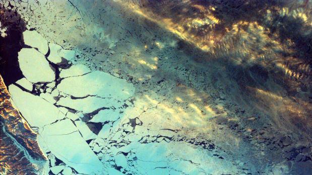 عکسهای بینظیر ناسا از گوشهوکنار جهان؛ از خلیج همیشگی فارس تا صحرای استرالیا