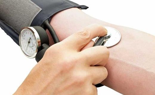 رژیم غذایی ورزشکاران این گونه است/ فاکتورهای خطرناک برای فشار خون