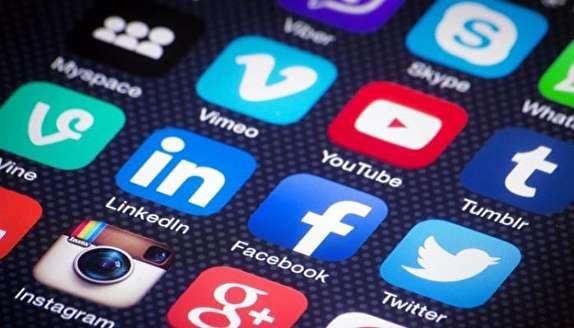 باشگاه خبرنگاران -عامل رفتارهای نابهنجار در شبکههای اجتماعی نداشتن اعتماد به نفس و عزت نفس است/ فعالیت شبکههای اجتماعی باید ضابطهمند باشد