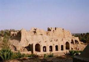 عملیات مرمت و بازسازی قلعه ساسانی فهرج آغاز شد.