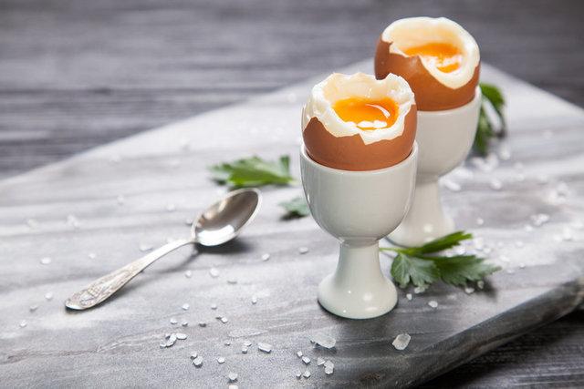 با خوردن یک عدد تخم مرغ در بدن چه اتفاقی در بدنتان میافتد؟
